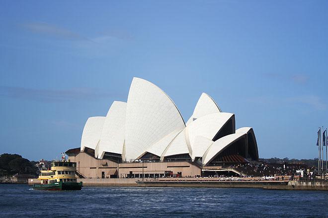 Sydney Opera House, daytime.