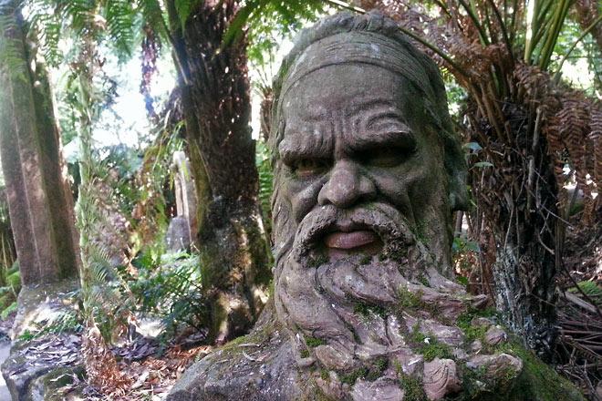 William Rickett's sculpture of Aboriginal people
