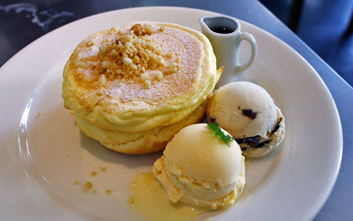 rainbow-pancakes